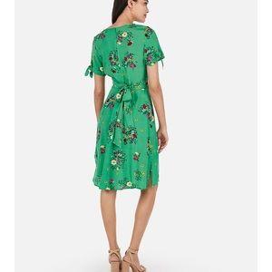 NWOT - Express Floral Dress
